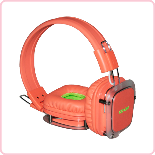 High Quality Bluetooth headphones with rechargeable lithium-polymer battery and soft headband