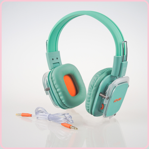 Superb sound quality iphone headphones with colorful design