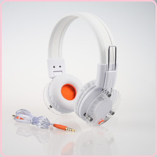 OEM acceptable headphone for iPhone with crystal clear stereo sound